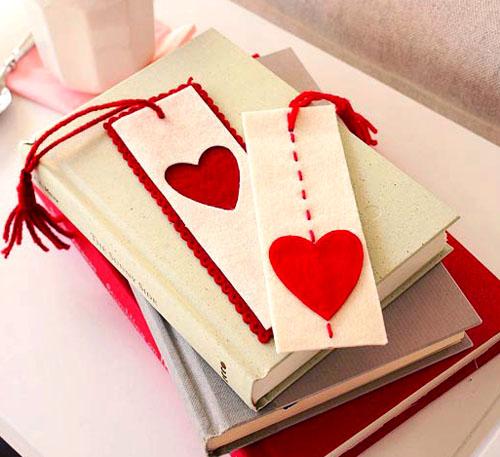 dai-valentines-day-bookmark-felt_zps9704f8b1