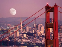 The-Moon-Over-San-Francisco-San-Francisco-California-USA-1-56ZR58UJ3U-1024x768